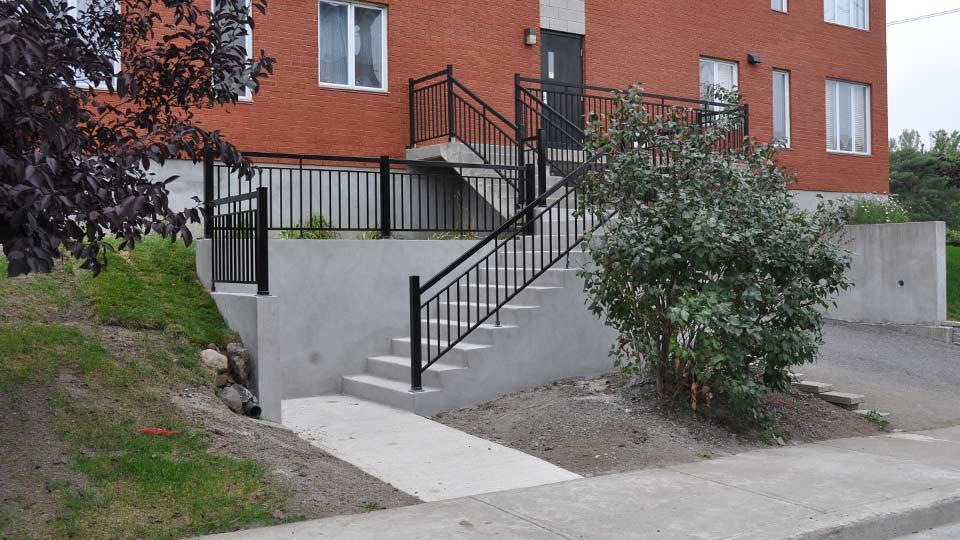 Escalier et palier de béton - Photo-13